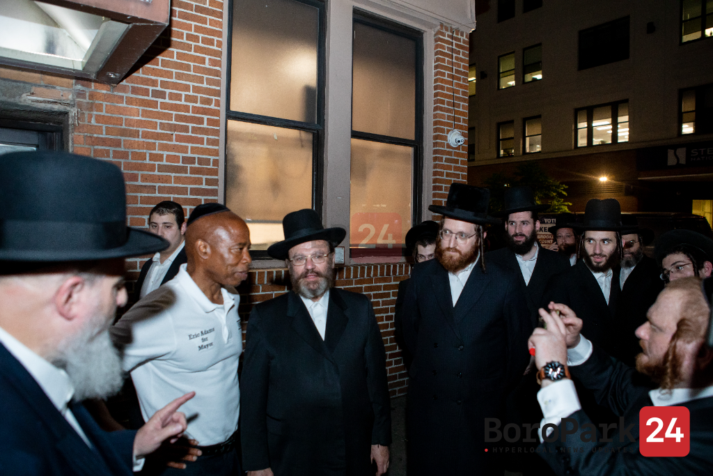 Sponsored: NYC mayoral candidate Eric Adams on a surprise visit to boro park