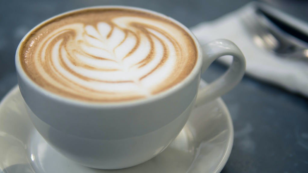 Starbucks Offers Free Coffee to All Front-Line Workers Fighting COVID