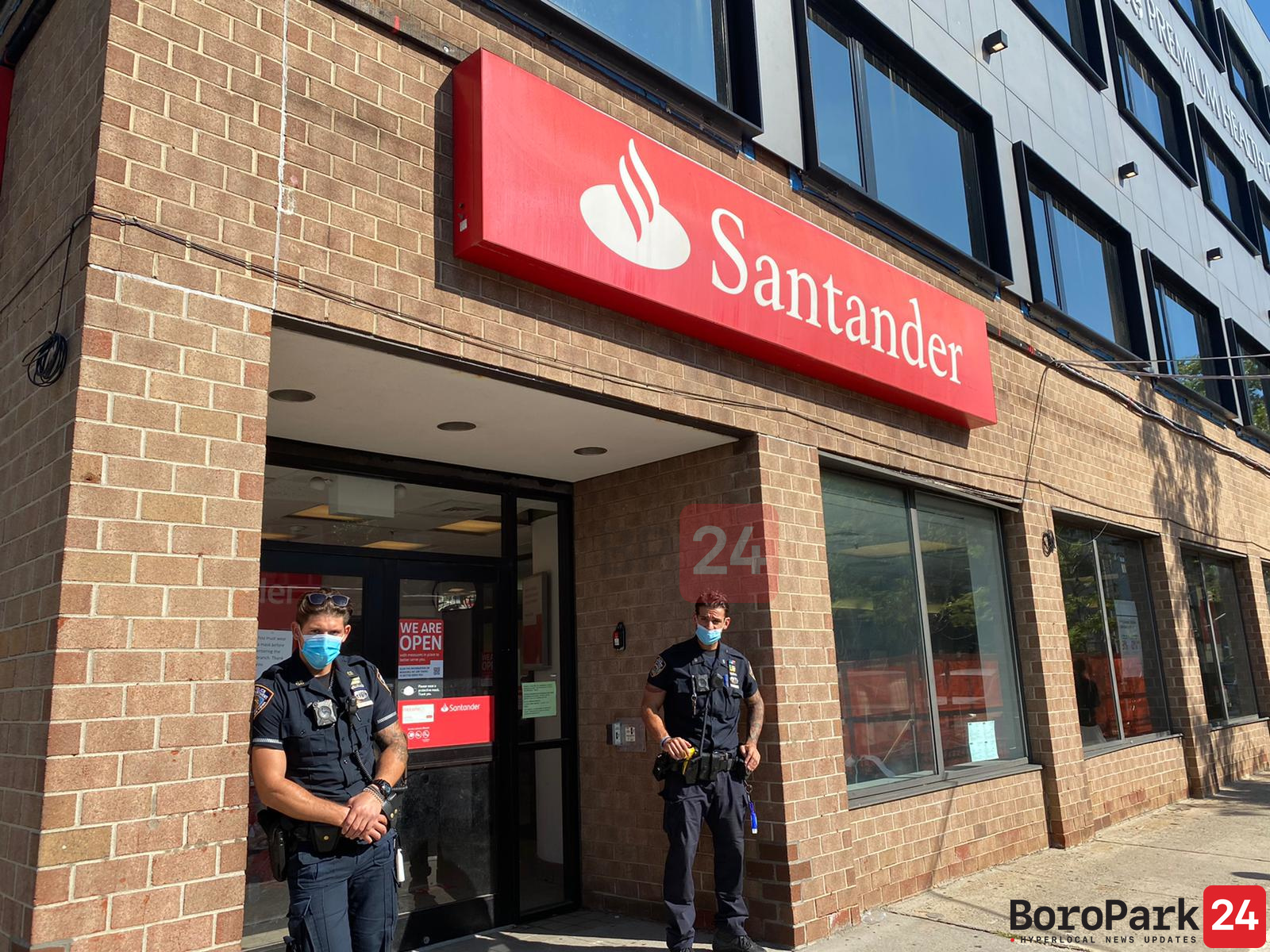 Thousands of Dollars Stolen from Santander Bank ATM, Police Allowed Suspects to Walk