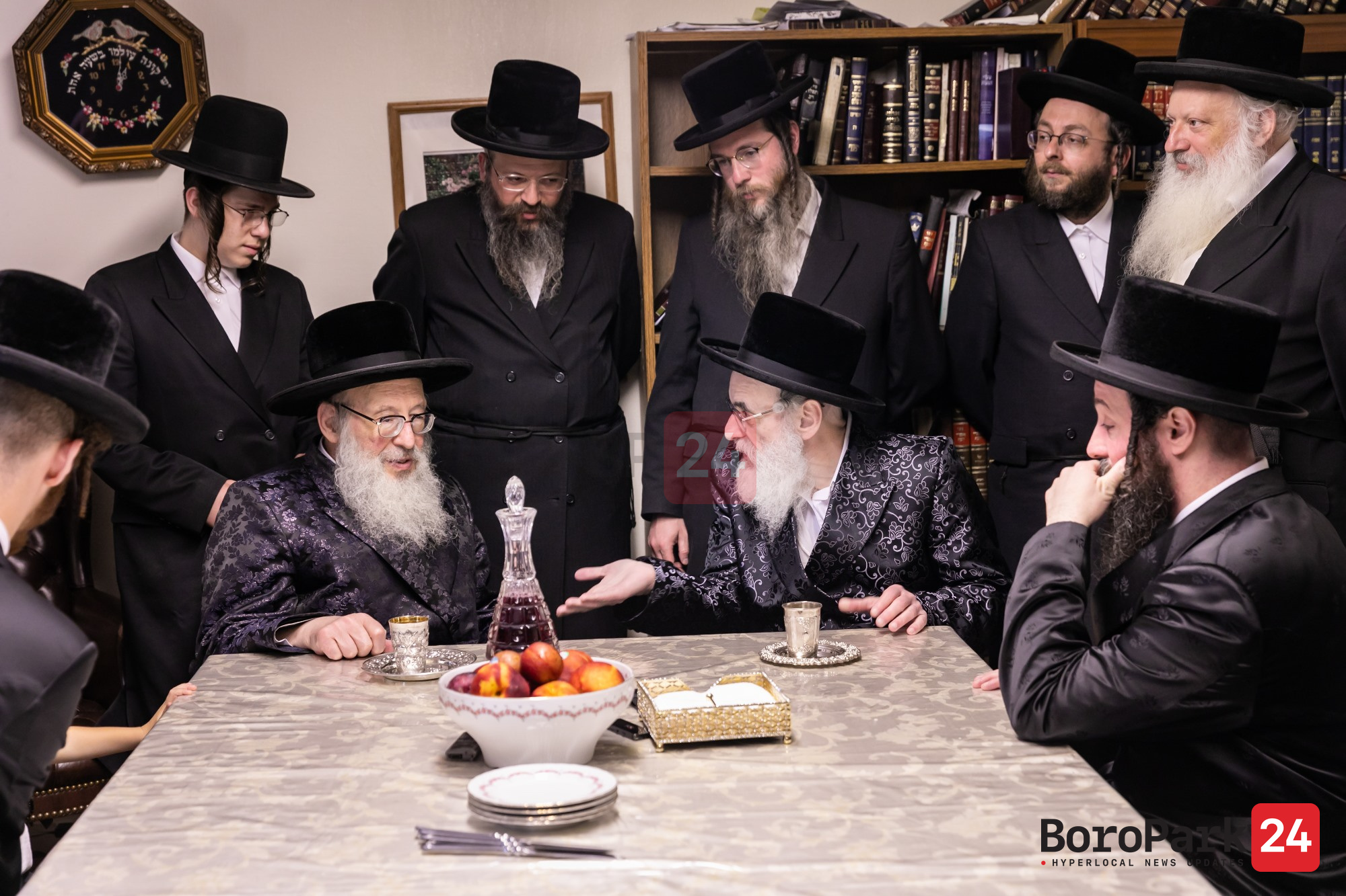 Visnitz Rebbe Visits the Spinka Rebbe in Spinka Camp
