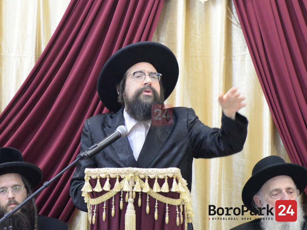 In a Surprise Announcement, Sanzer Rebbe Appoints Son as Rov of American Chassidim