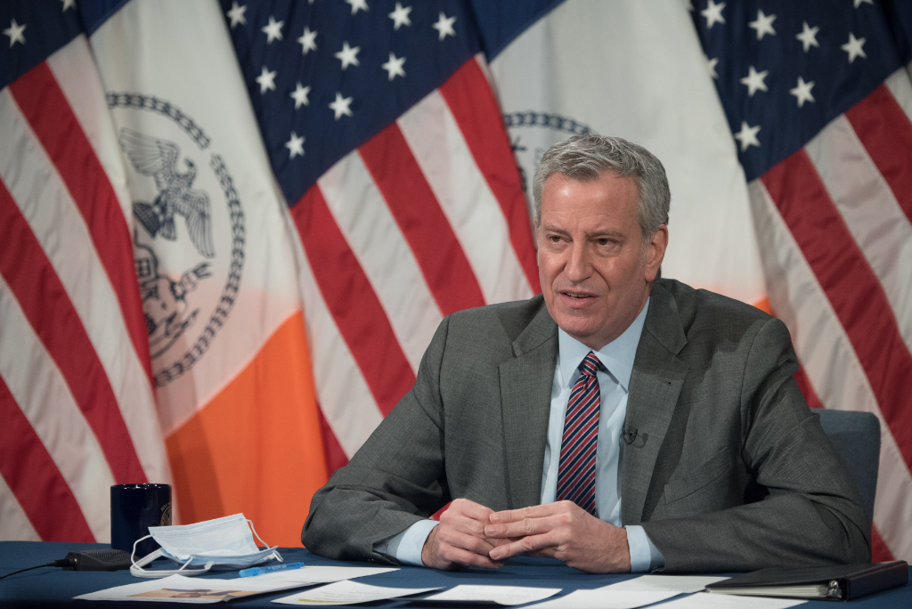 "Calling 2021, ""the Year of 5G,"" Mayor de Blasio Wants to Bring Broadband Internet to All New Yorkers"