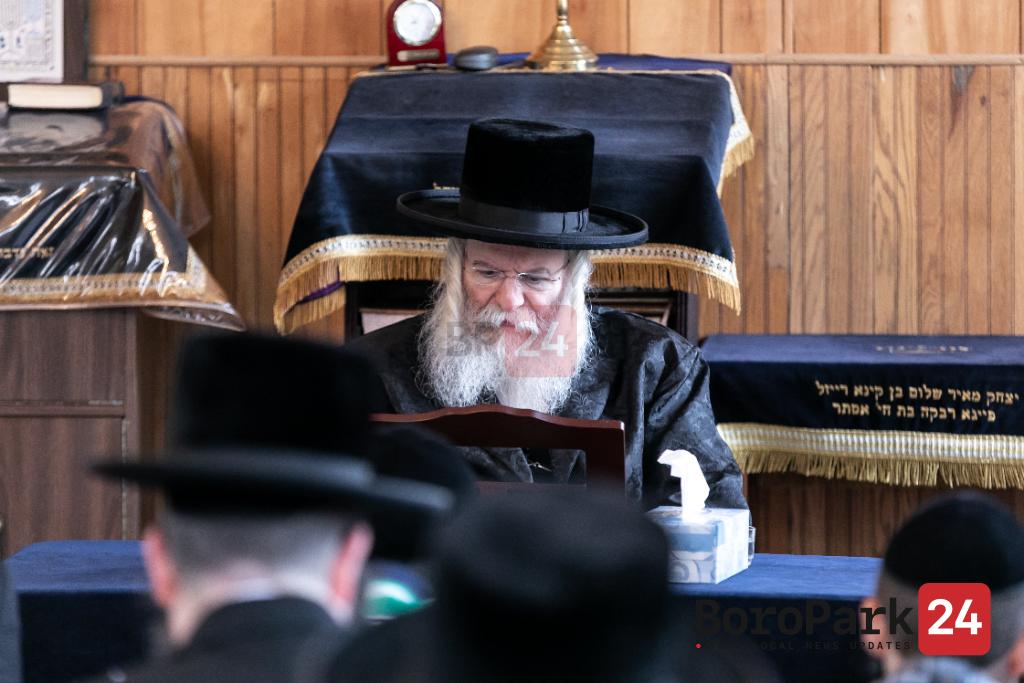 Tisha B'Av by Rebbes and Rabonim in the Catskills - Part 1