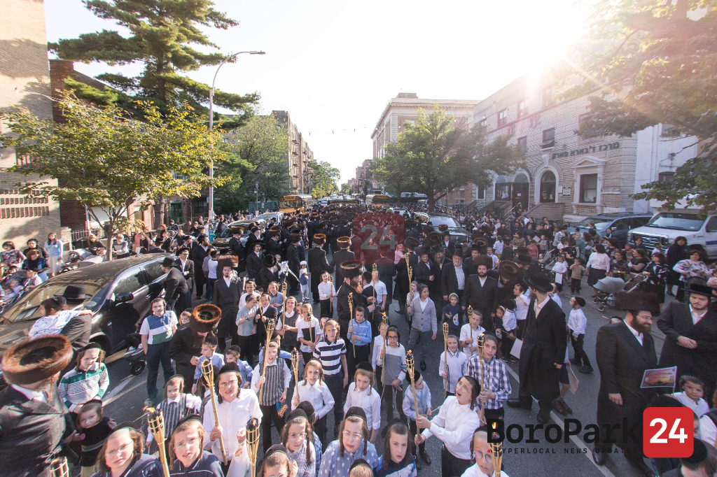 Communities Throughout Boro Park to Bring in Yom Tov with Celebrations of New Sifrei Torah