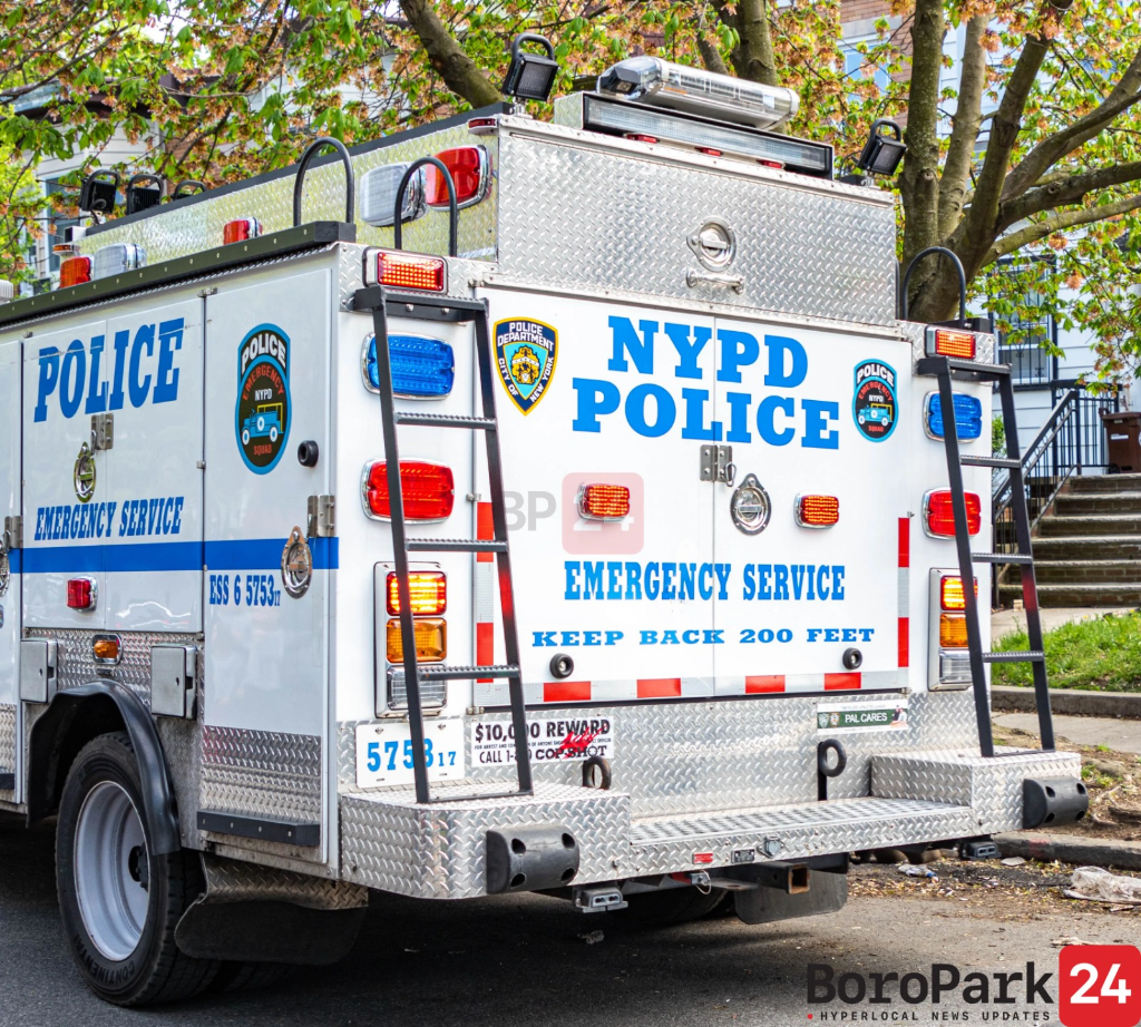 Belgian Family Visiting for Pesach Stabbed in Battery Park Today