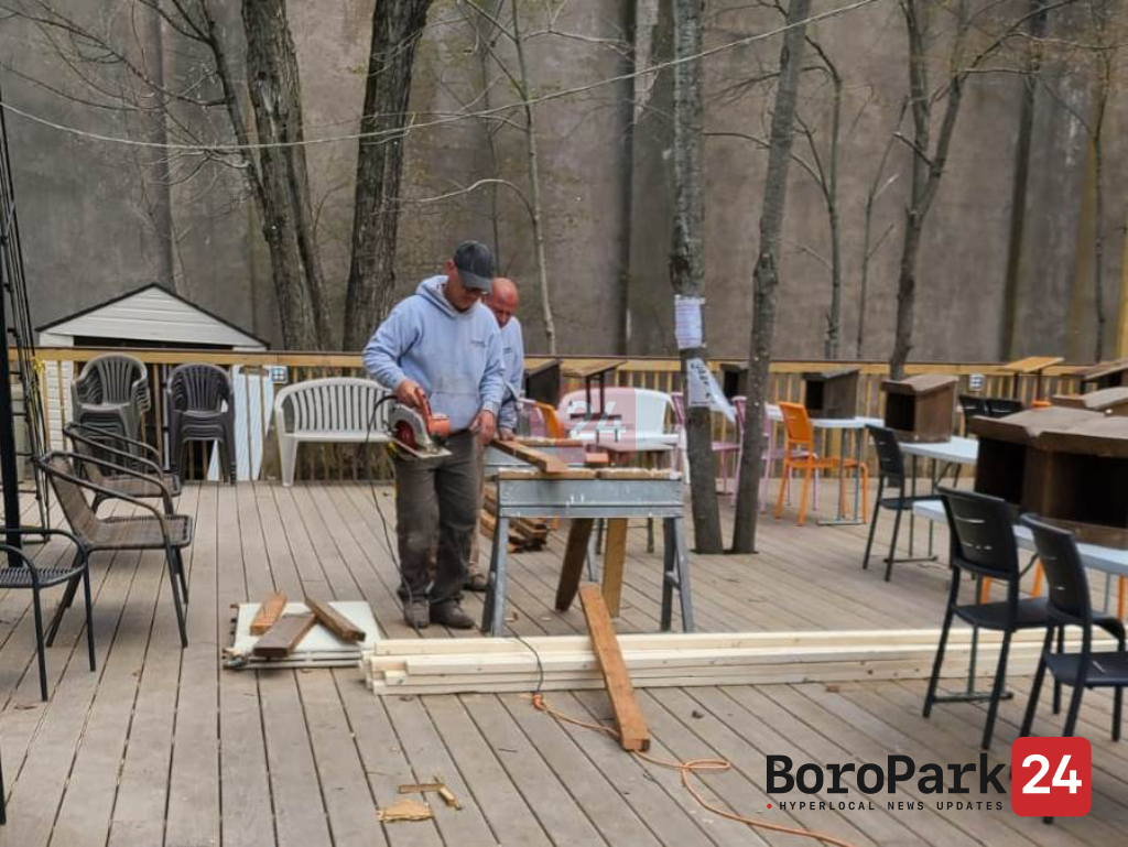 Construction in The Nikolsburg Shul in Woodbourne in Preparation For The Summer