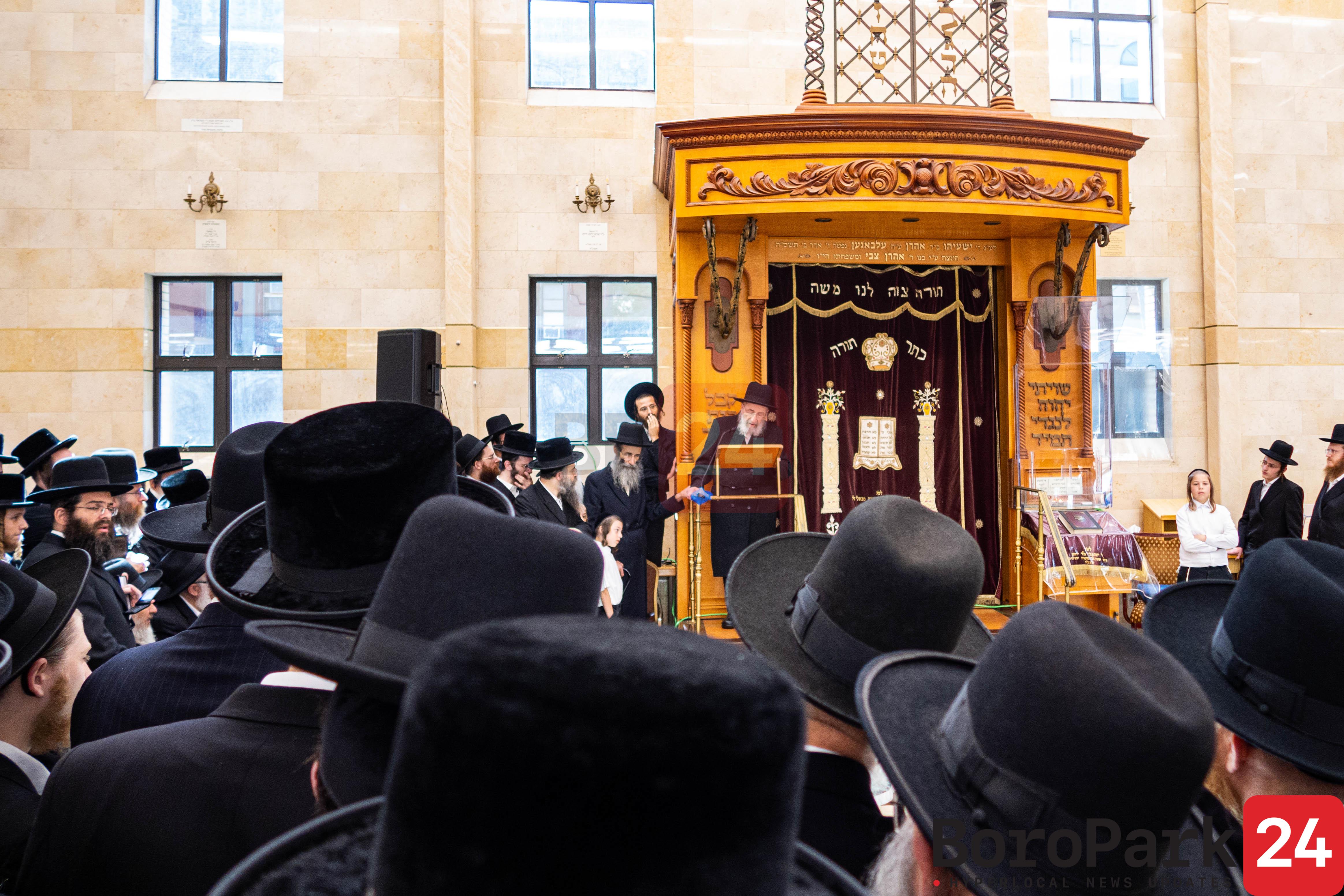 """Levaya of Rebetzin Malka Devora Wolfson A""""h wife of Hagoan Reb Moshe Wolfson"""