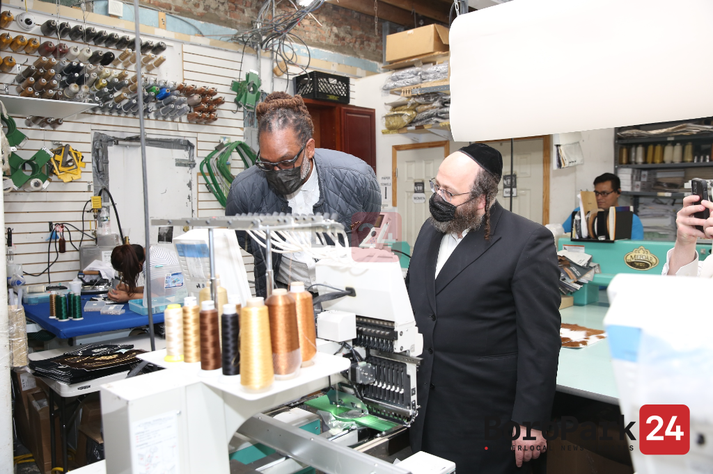 Brooklyn Borough President Candidate Robert Cornegy Meets with Boro Park Leaders and Store Owners