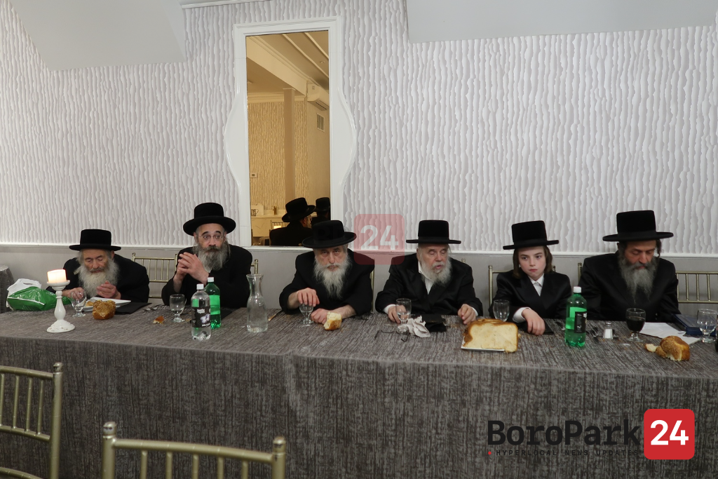 Bar Mitzvah in courts of Beier Moshe-Oiz Vehuder - Faltishan