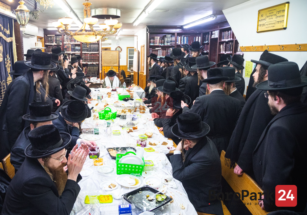 "Yurtzeit Of Reb David Of Lelov Zy""u By The Lelov Rebbe"