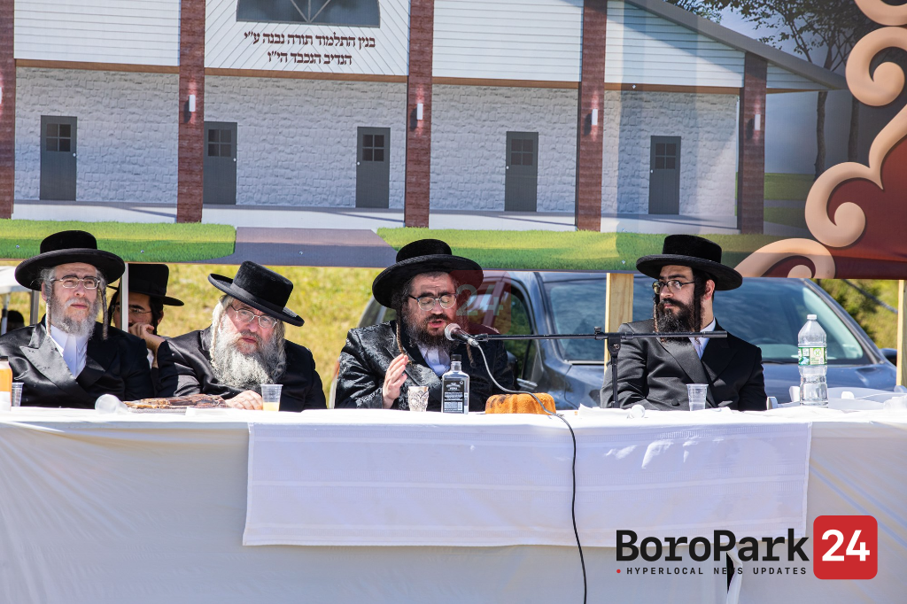 Hanuchas Even Hapinah for the new Talmud Torah in Ichud Bungalow Colony in Monticello