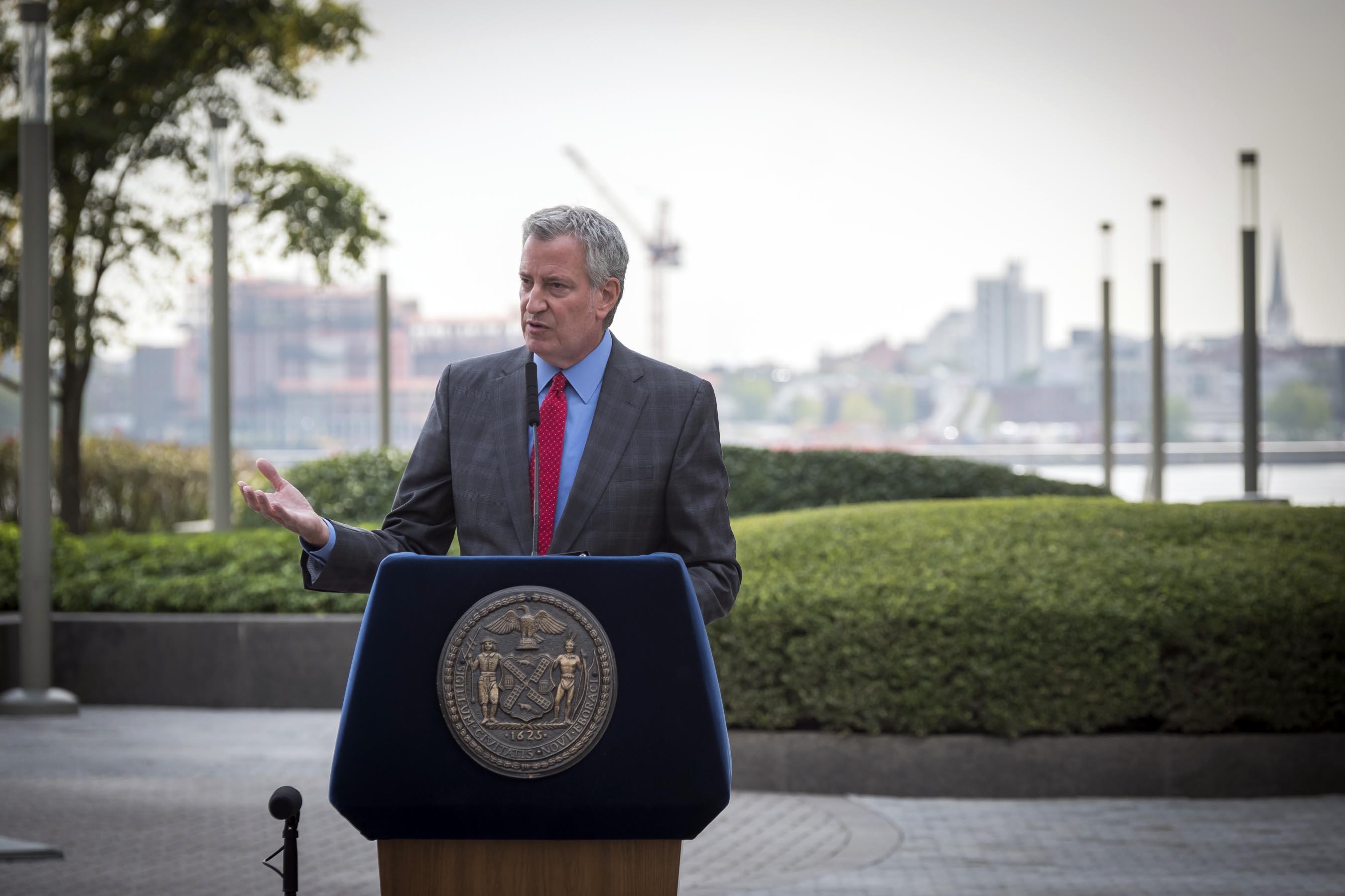 Mayor de Blasio Threatens Second Shut Down in Brooklyn