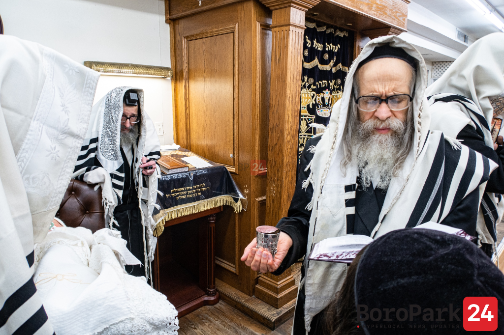Vach Nacht and Bris for Grandson of the Skulen Rebbe