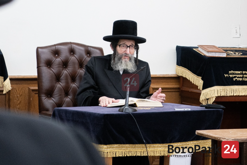 TONIGHT: Skulener Rebbe to Address Chassidim in Aftermath of Miron Tragedy