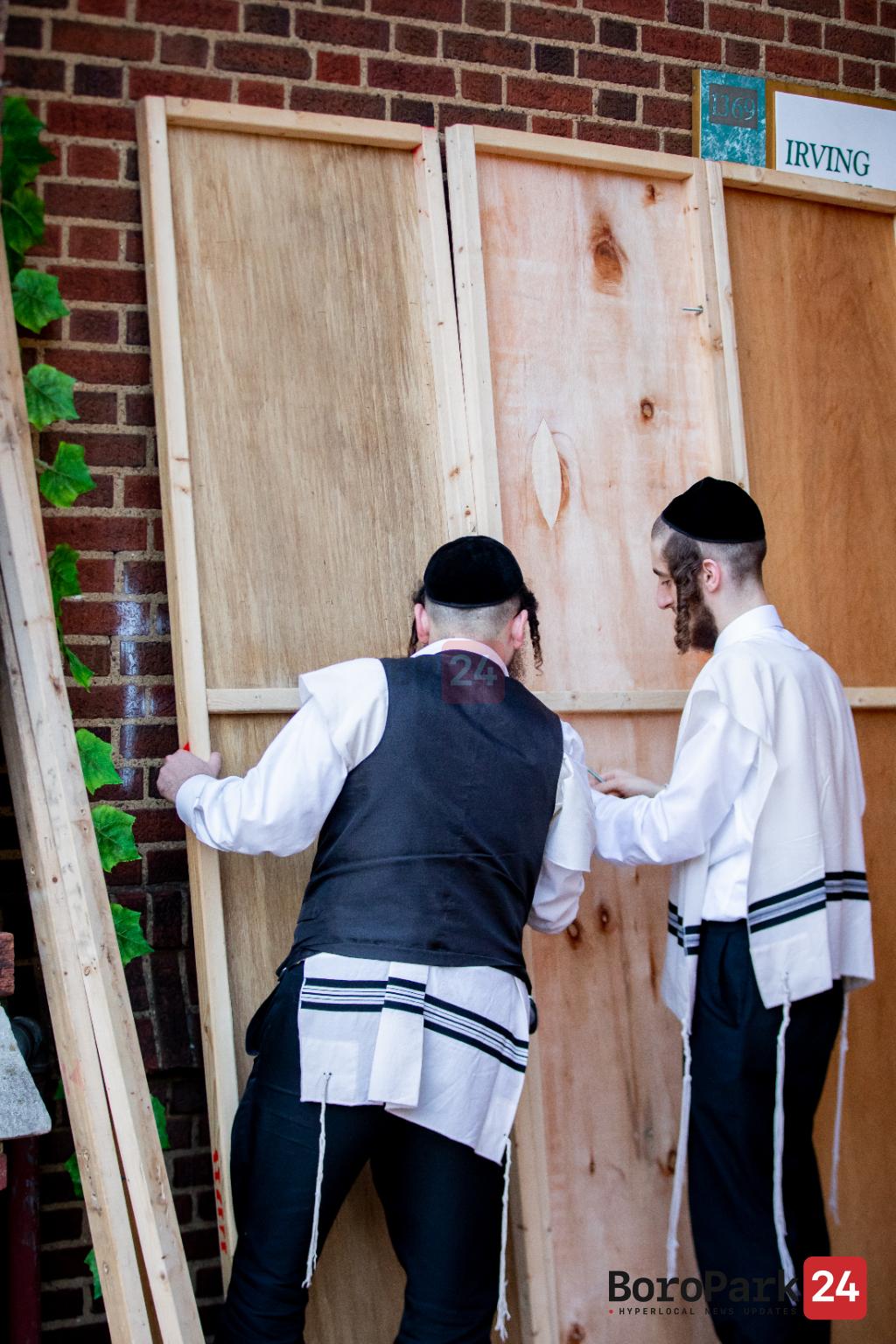 Photo Gallery: Preparations for Yom Kippur and Sukkos Around Boro Park - Part 5