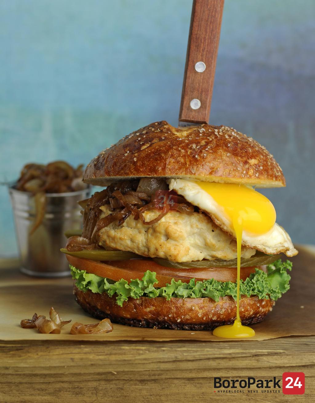 Culinary Corner: Juicy Chicken Burger