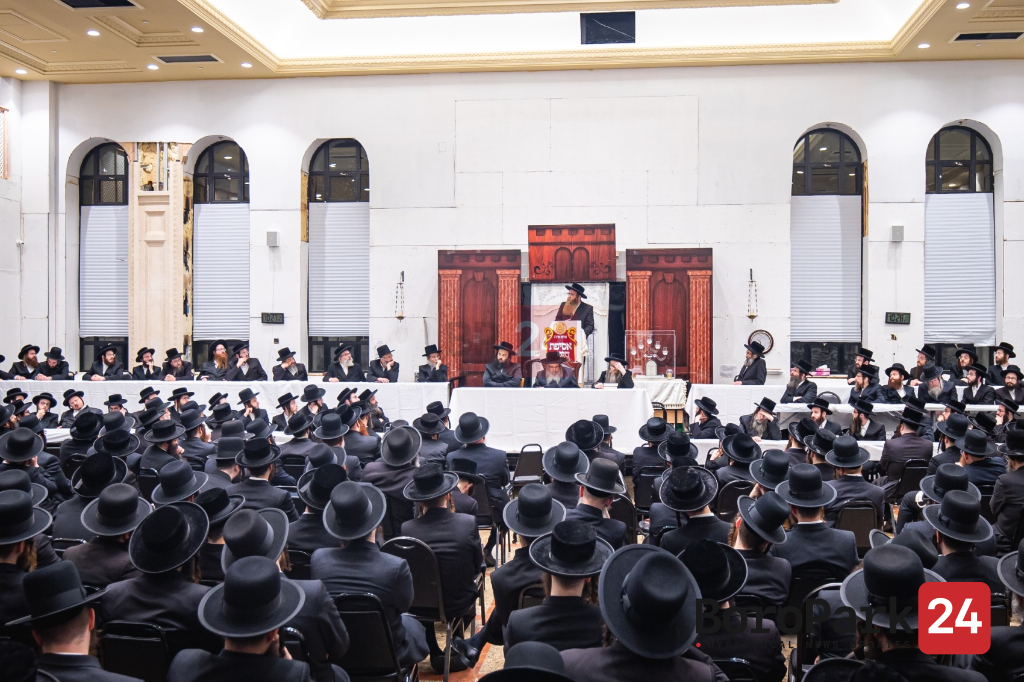 Asifas Chinuch for Parents of Mosdos Satmar in Boro Park